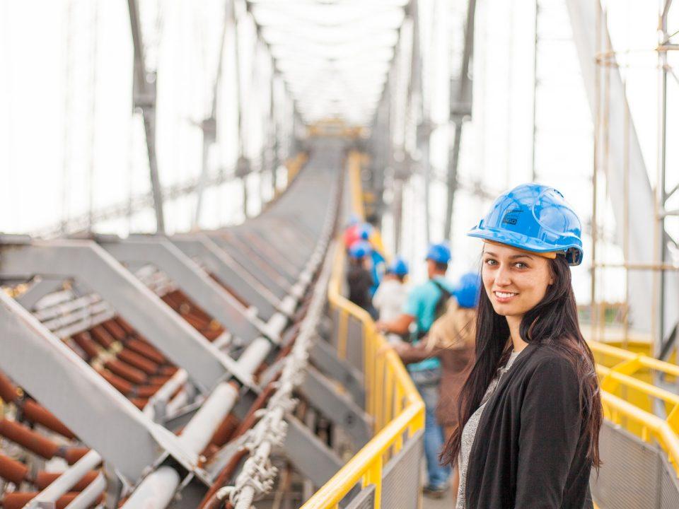 Berita, Aturan Pesangon Karyawan : Kewajiban Perusahaan Memberikan Pesangon Karyawan Bermasalah