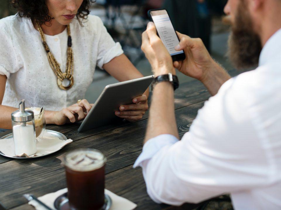 Legistra, Kemudahan pengaduan Konsumen Online : Pengaduan Konsumen di Sektor Jasa Keuangan