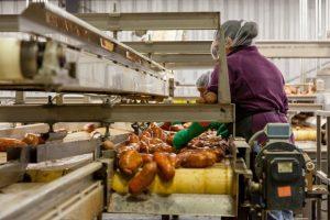 hak dan kewajiban perusahaan jika karyawan terkena PHK