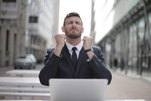 Perjanjian kontrak kerja karyawan kontrak hingga menjadi karyawan tetap