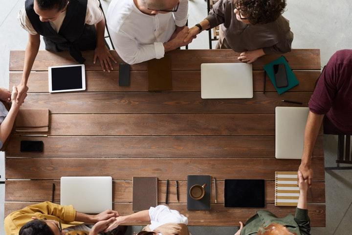 Tahapan Karyawan Kontrak (PKWT) Menjadi Karyawan Tetap (PKWTT)